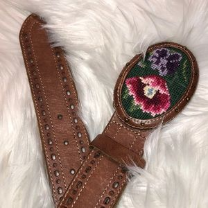 """Lucky Brand leather belt 36""""x2"""" good Condition"""